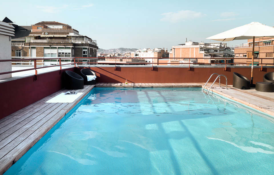 MelonDistrict PobleSec -Rooftop Pool3