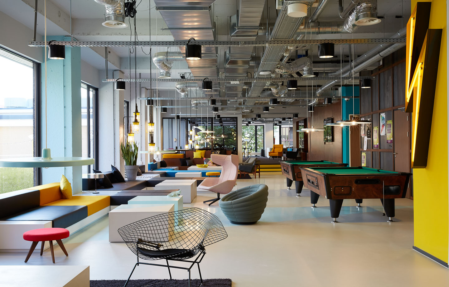 The student hotel amsterdam west modern design hotel for Design hotels