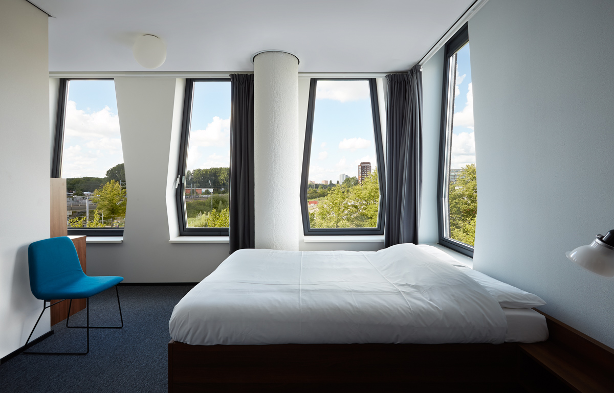 The Student Hotel Amsterdam West: Modern Design and UP & Coming