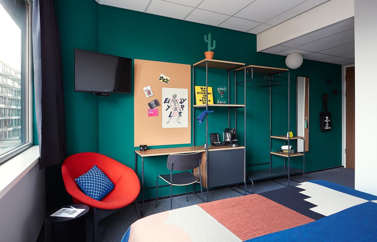 The student hotel amsterdam west modern design hotel for Room design jobs