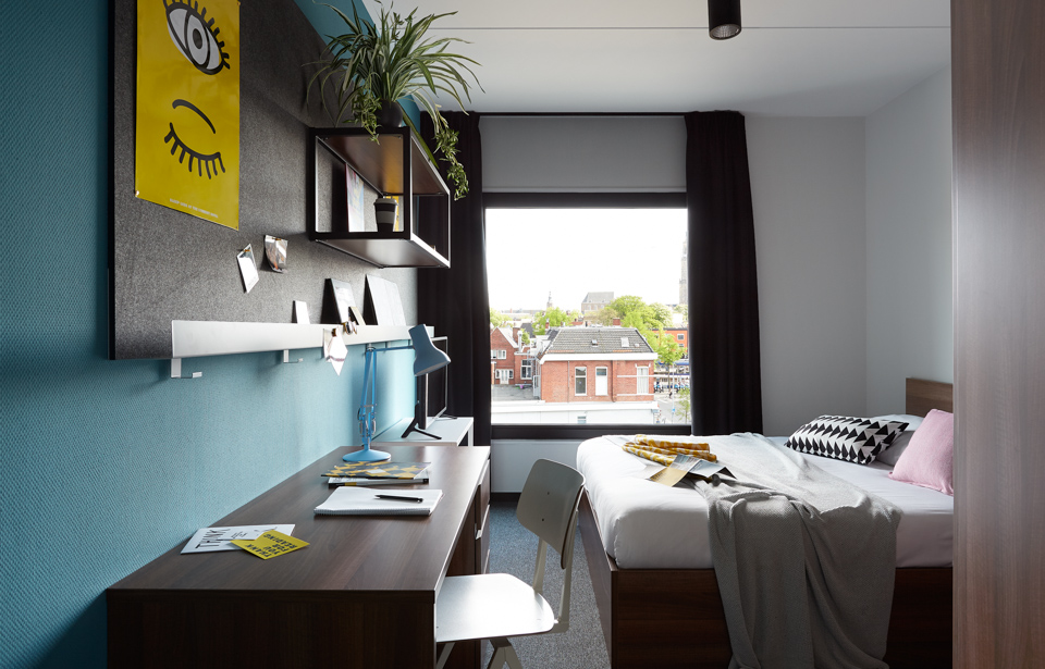The student hotel groningen student accommodation rooms - How to decorate a tiny campus room ...