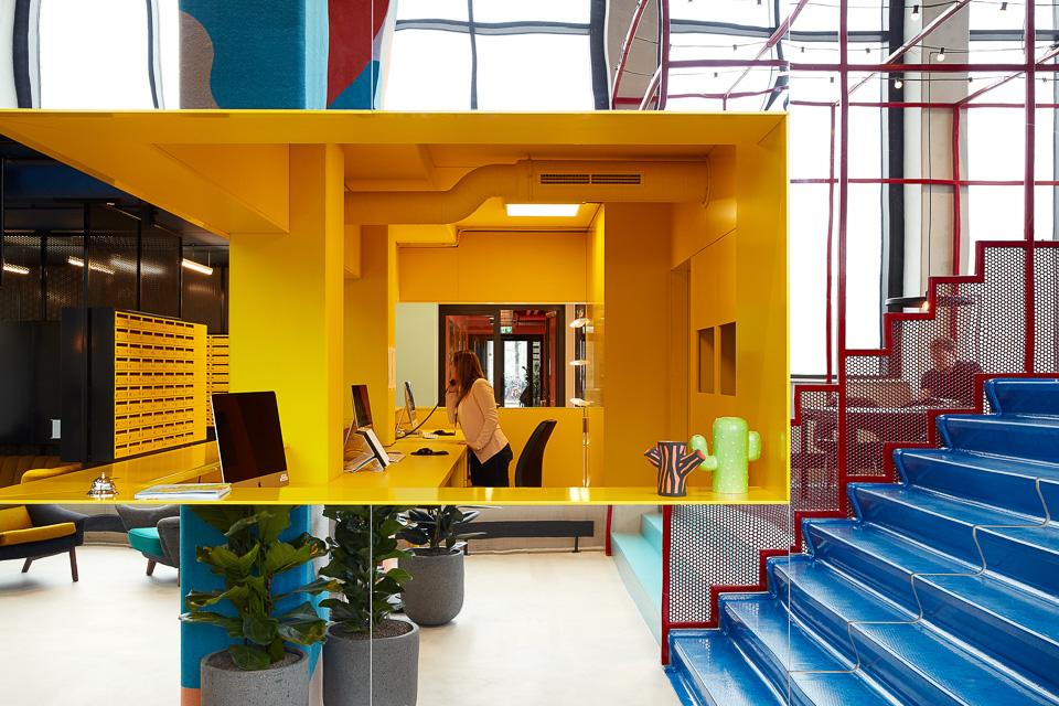 The student hotel eindhoven design hotel for Color design hotel